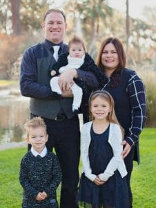 Chiropractor Bakersfield CA William Perry and Family