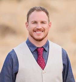 Chiropractor Bakersfield CA William Perry